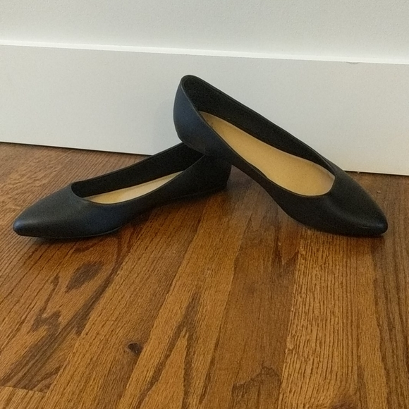 Black Pointed Toe Target Flats